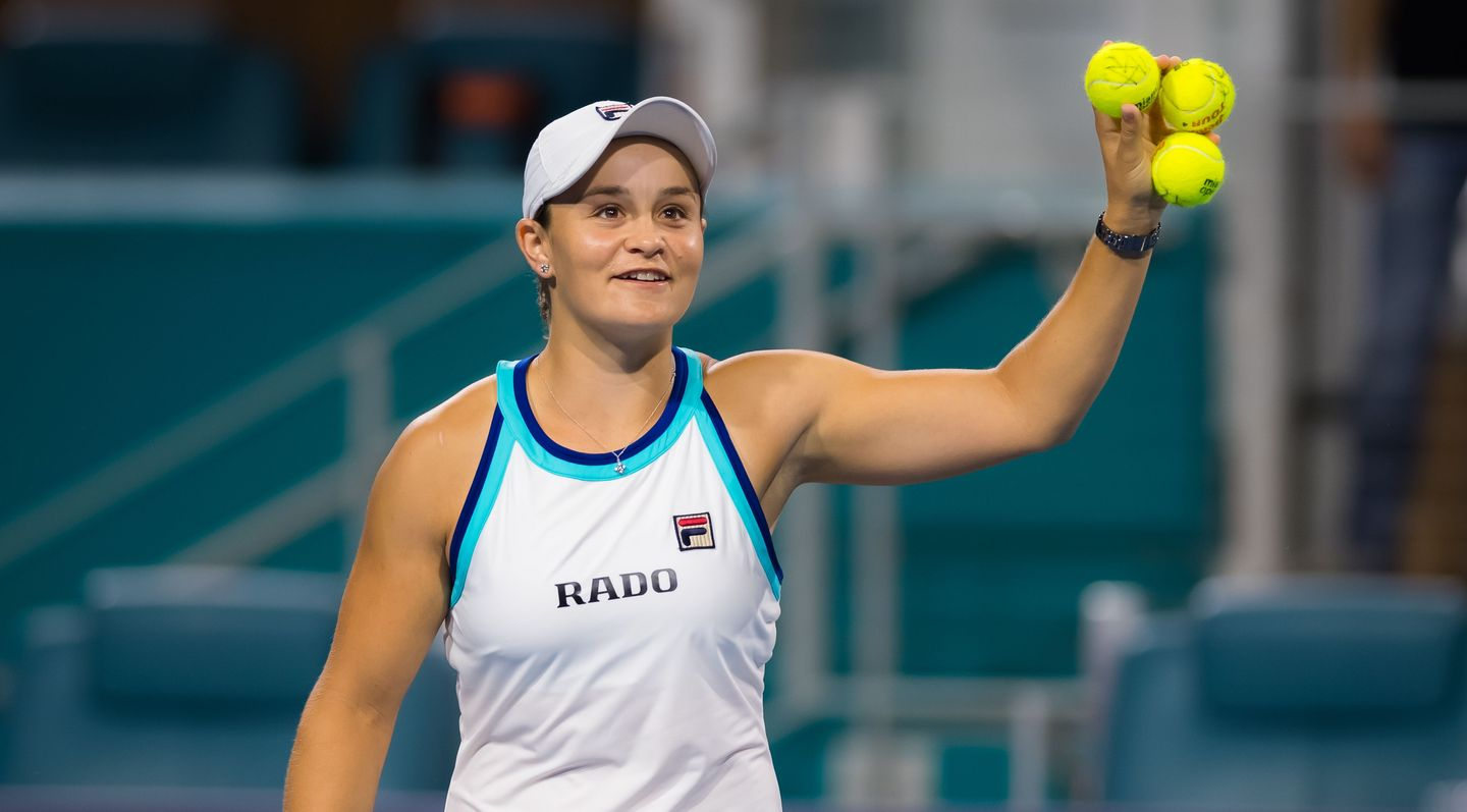 Ashleigh Barty world number one on female tennis
